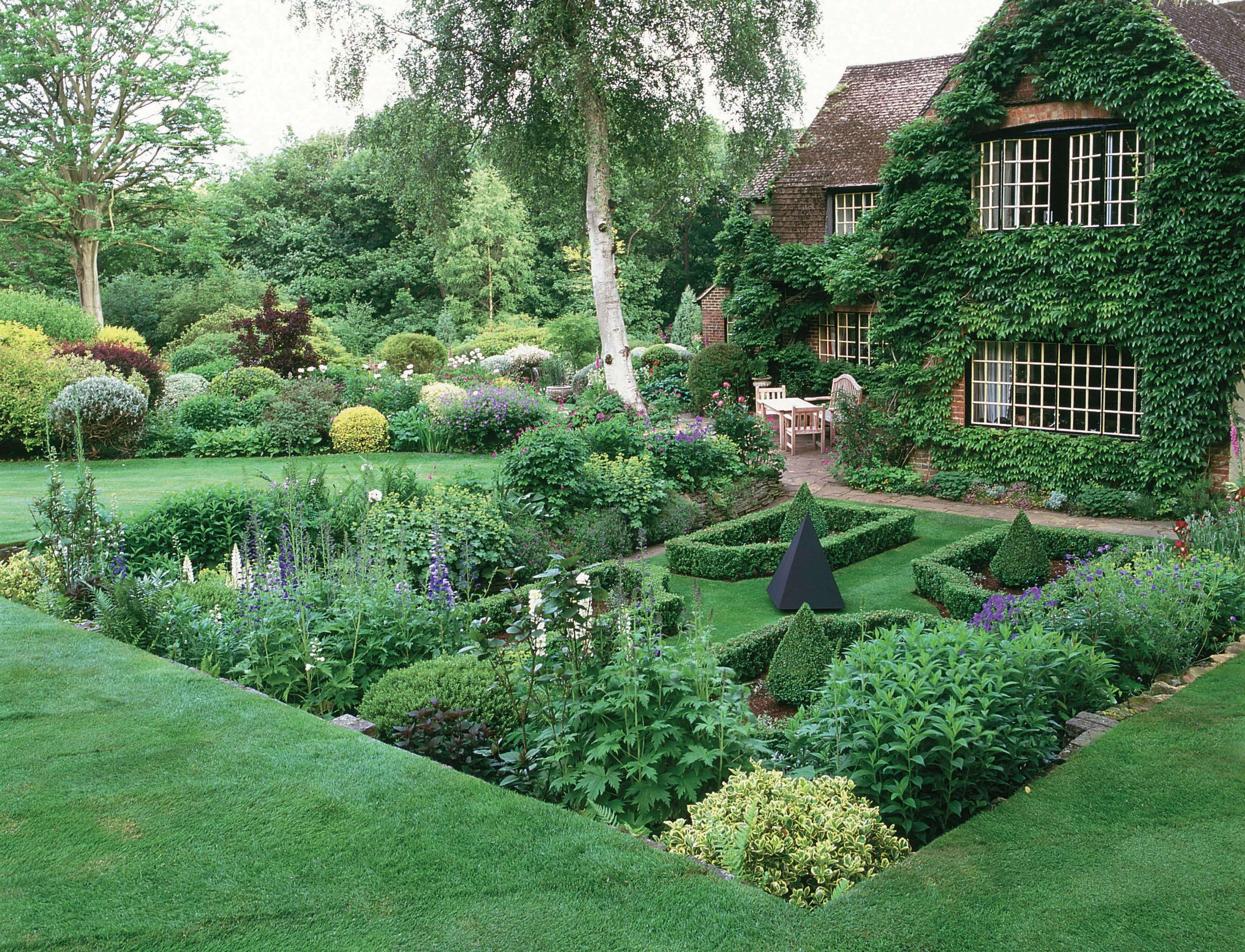 красиво оформленные садовые участки фото клубе
